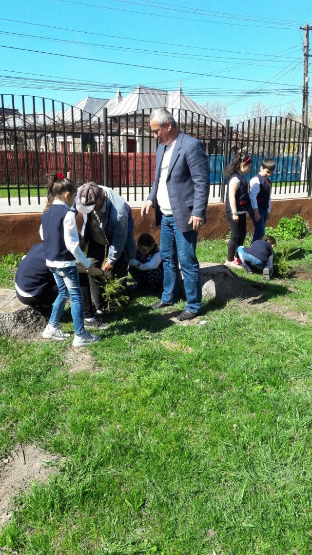 Actiune de constientizare a importantei mediului inconjurator si a dezvoltarii durabile a comunei.