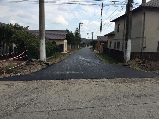 Asfaltări străzi: Fafaran-Cărbunaru,Cantoane și prelungire str. Bălan.